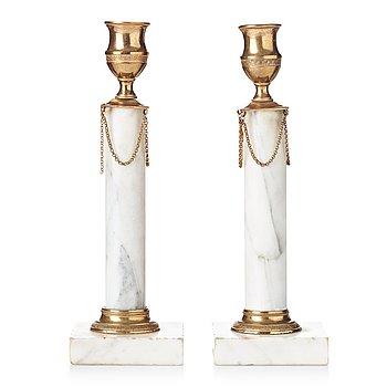 86. LJUSSTAKAR, ett par, omkring år 1800, Sengustavianska.