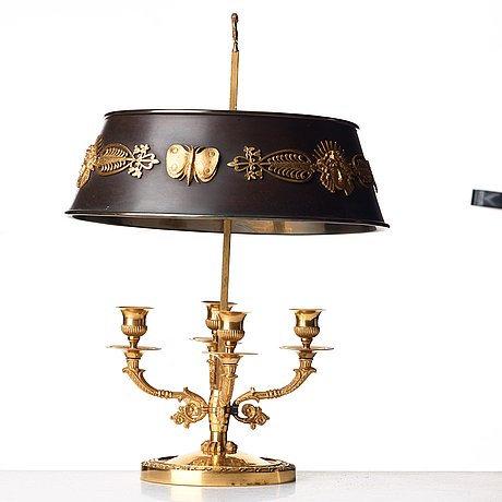 An empire-style 19th century lampe À bouillotte.