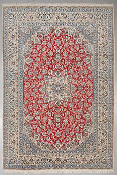 MATTA, Nain part silk, old, 384 x 259 cm.