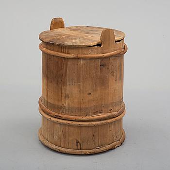 A 19th century barrel.