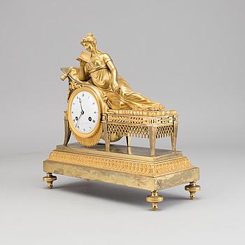 BORDSPENDYL, empire Le Roy Paris 1800-talets mitt.