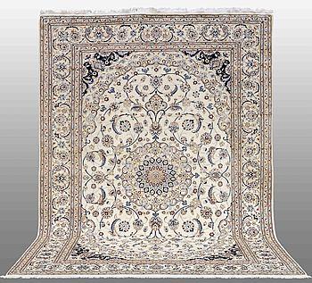 MATTA, Nain, part silk, s.k 9 LAA ,355 x 254 cm.
