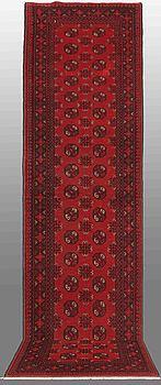GALLERIMATTA, orientalisk, ca 290 x 82 cm.