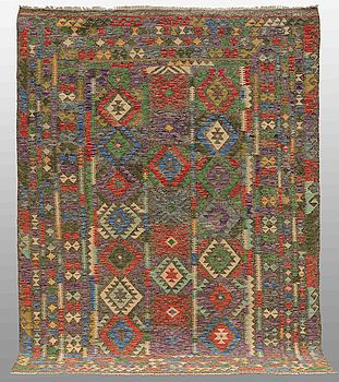 A ORIENTAL KILIM, AROUND  298 x 217 cm.