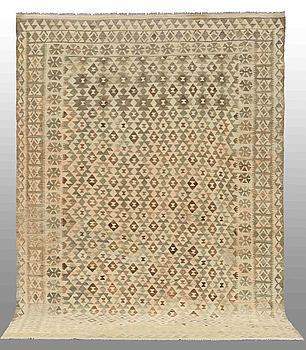 MATTA, Kelim, orientalisk, ca 300 x 220 cm.