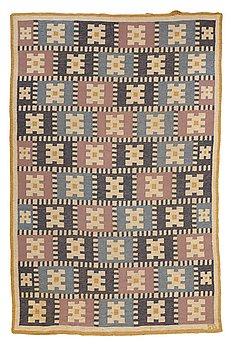 "217. Sigvard Bernadotte, A CARPET, ""Vitsippa"", flat weave, ca 303 x 197,5 cm, signed SB."
