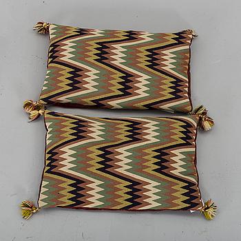 KUDDAR, ett par, viggmönster 1900-talets första hälft. ca 33 x 52 cm.