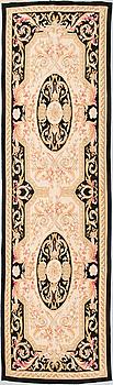 MATTA, Aubusson-stil. Ca 269x77 cm.