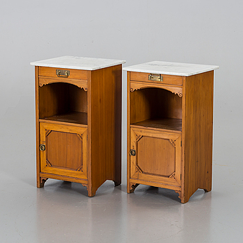 A pair of jugend bedside tables.