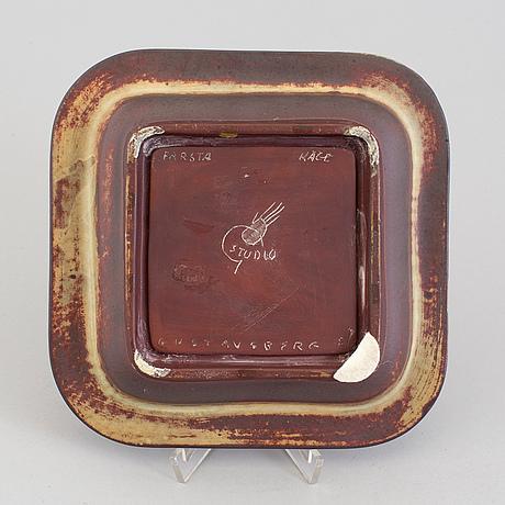 A wilhelm kåge 'farsta' stoneware dish, gustavsberg studio, 1949.
