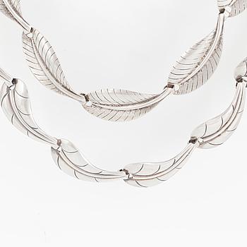 HERMANN SIERSBOL, halsband, 2 st silver, Danmark, 1900-talets andra hälft.