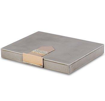 45. MAKE-UP VÄSKA, vitmetall, 18K guld, rosenslipade diamanter. Van Cleef & Arpels, Paris 1930-tal.