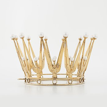 A bridal crown, set with cultured eparls by Ceson, Göteborg, 1971.
