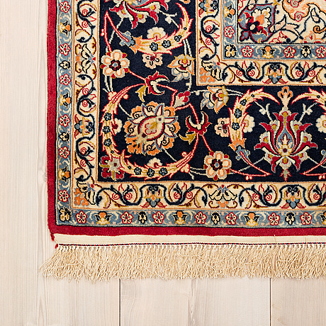 Rug, from esfahan, part silk,  signed safteri, around 233 x 135 cm