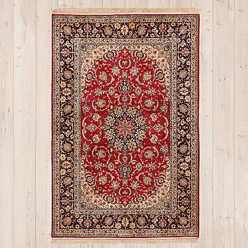 MATTA, Isfahan, part silk, signerad Safteri, ca 233 x 135 cm.