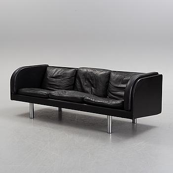 "JØRGEN GAMMELGAARD, soffa,""EJ20"", Danmark, 1900-talets andra hälft."