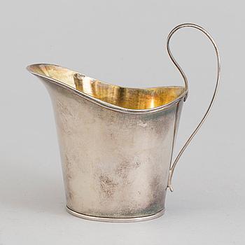 JOHAN FREDRIK BJÖRNSTEDT, gräddkanna, silver, sengustaviansk, Stockholm, 1809.