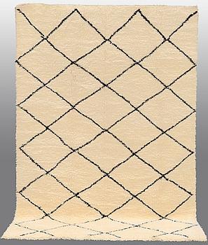 A carpet, Marocko, 300 x 185 cm.