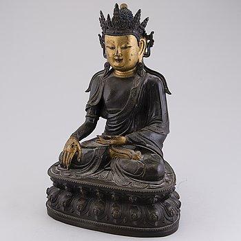 """BUDDHA, """"Shakyamuni"""", patinerad och målad mässing, Kina, sekelskiftet 1800/1900."""