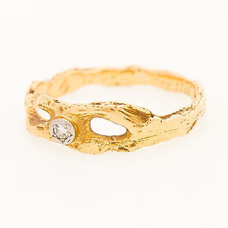 "A bjÖrn weckstrÖm ring, ""diamond pond"", 8/8cut diamond, 18k gold. lapponia 1986."