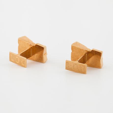 BjÖrn weckstrÖm,  a pair of cuflinks.