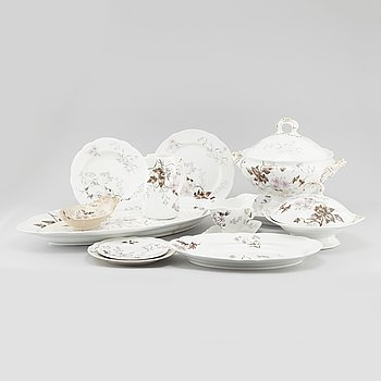 """98 pieces of earthenware tableware from Rörstrand, model """"Risa"""", produced between 1888- 1908."""