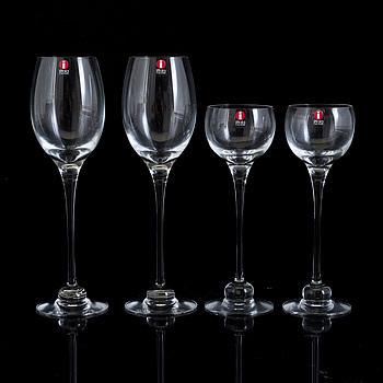 """HEIKKI ORVOLA, glas, 12 stycken, vitvin och likör, """"Aurora"""", Iittala."""