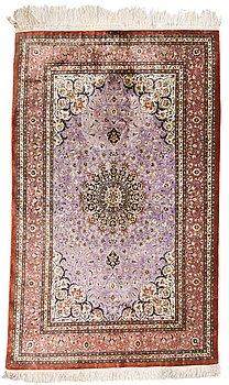 66. A SILK CARPET, silk Ghom, signed, 164x102 cm.