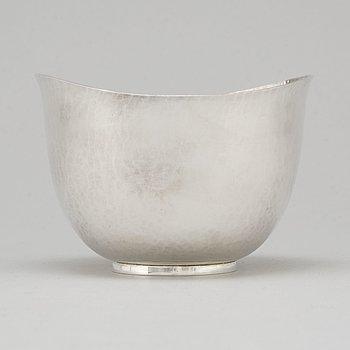 ERIC LÖFMAN, a silver bowl from MGAB, Uppsala, 1971.