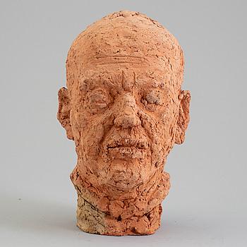 ASMUND ARLE, Skulptur, terracotta, signerad Asmund Arle och daterad 1973.