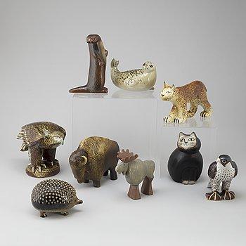 LISA LARSON, figuriner, 9 st, stengods. Gustavsberg.