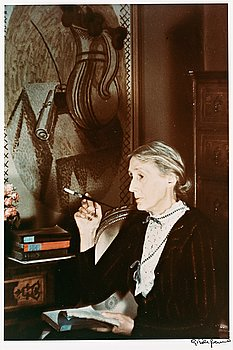 "314. Gisèle Freund, ""Virginia Woolf, 1939""."