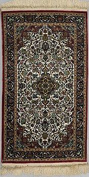 MATTA, silke Kina, ca 126 x 70 cm.