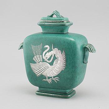 "WILHELM KÅGE, urna, stengods,""Argenta"", Gustavsberg, 1900-talets andra kvartal."