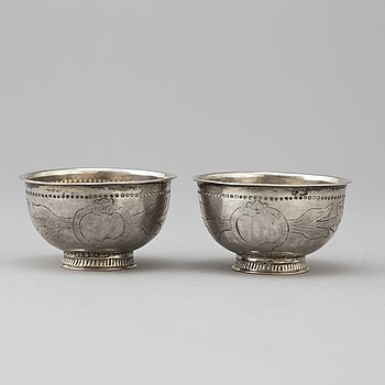 Two silver tumblers, without hallmarks, Sweden, 18th/19th century.