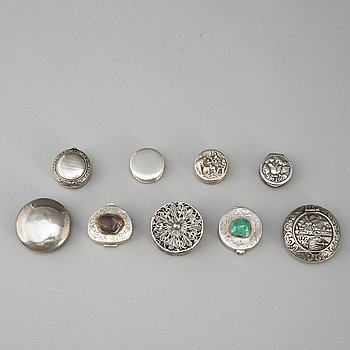 9 silver boxes, 20th century.