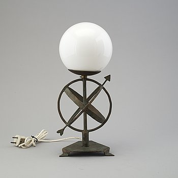 a table light from the first half of the 20th century.
