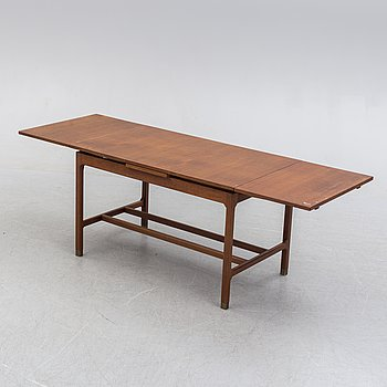 A second half of the 20th century table.