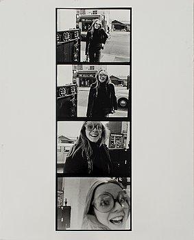 WALTER HIRSCH, gelatinsilverfotografi, signerat och daterat London 67 atergo.