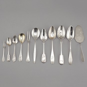 A 20th century collection of silver of 29 pcs, mostly from Finland.