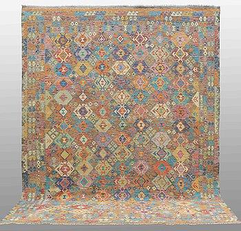 MATTA, Kelim, 400 x 305 cm.