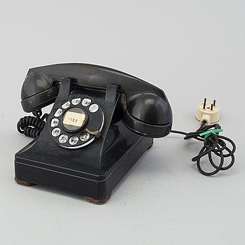 """HENRY DREYFUSS, telefon, """"modell 302"""", Bell USA, 1937."""