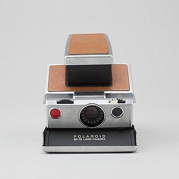 "HENRY DREYFUSS, Polaroidkamera, ""SX-70 Land Camera"", Polaroid, 1972."