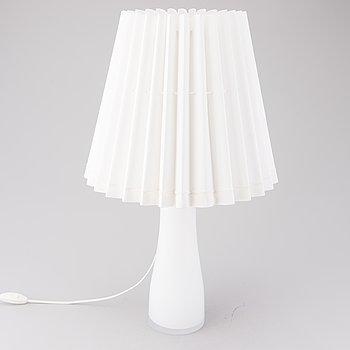 """MAIRE GULLICHSEN, bordslampa, """"M5 10"""", för Artek 1990-tal."""