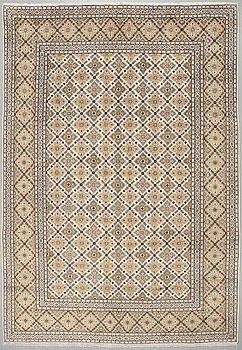 A Keshan rug, 278 x 260 cm.