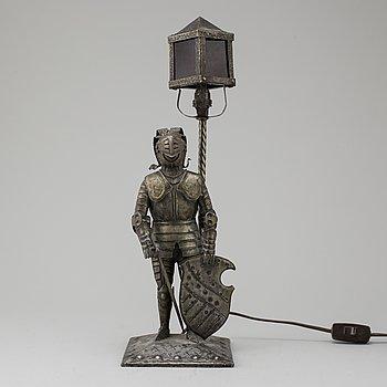 HUGO BERGER, a 1920's table light for Goberg.