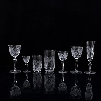 A part dinner glass service, 20th century.