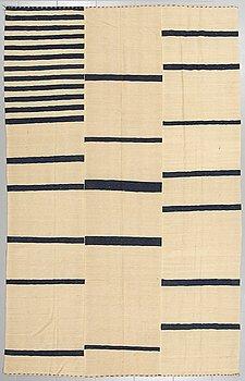 MATTA, slätväv, persisk, 284 x 179 cm.