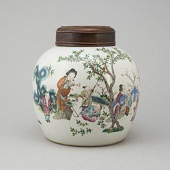 BOJAN, porslin. Qingdynastin, sent 1800-tal.