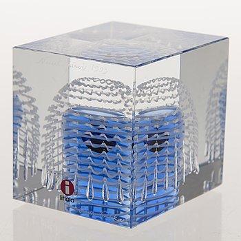 OIVA TOIKKA, ÅRSKUB, glas, signerad Nuutajärvi 1993 Oiva Toikka, numrerad 821/2000.